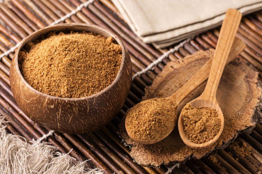Kokosový cukor – všetko o cukre z kokosových kvetov (cena, glykemicky index, je vhodný pre diabetikov?)