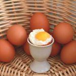 Vajce na mäkko (ako dlho treba variť vajcia na mäkko a na hniličku)