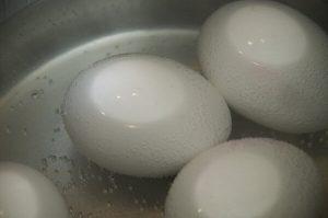Vajce na tvrdo čas varenia