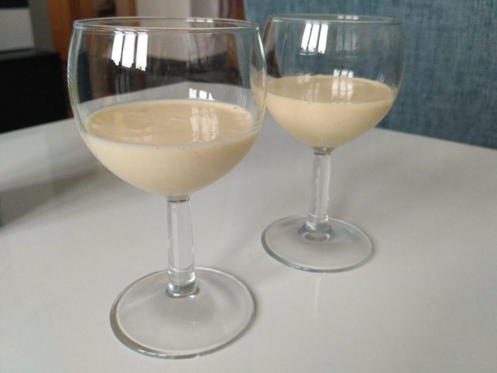 Najlepší vaječný likér s rumom (bez laktózy)