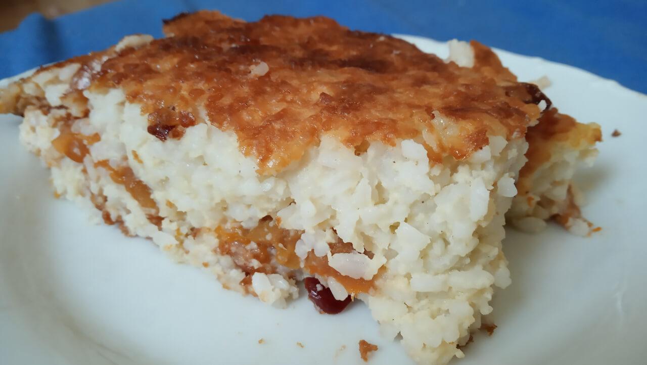 Šťavnatý ryžový nákyp s broskyňami (bez cukru a bez mlieka)
